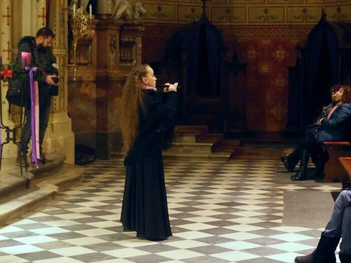 Jediná flétna dokázala vyplnit sál hudbou. Foto: Kristýna Klazarová
